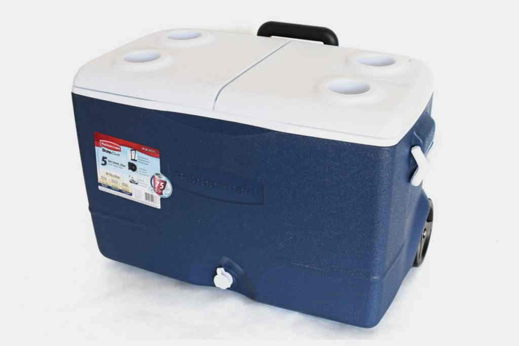 Rubbermaid DuraChill Wheeled Cooler